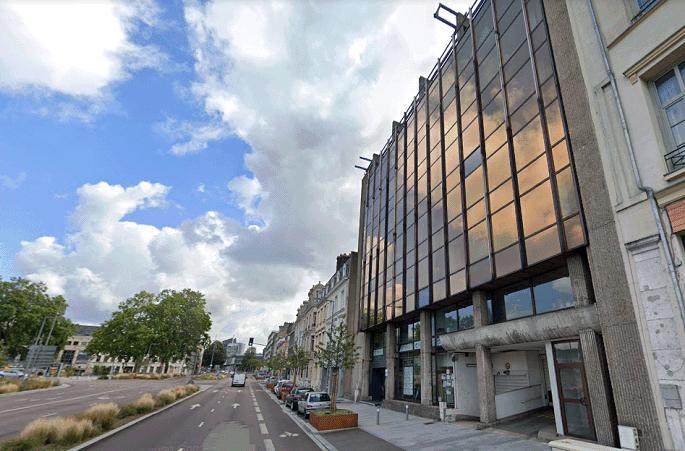 L'incident s'est produit dans le sous-sol de cet immeuble du boulevard des Belges (à droite) qui abrite un transformateur Enedis - Illustration © Google Maps