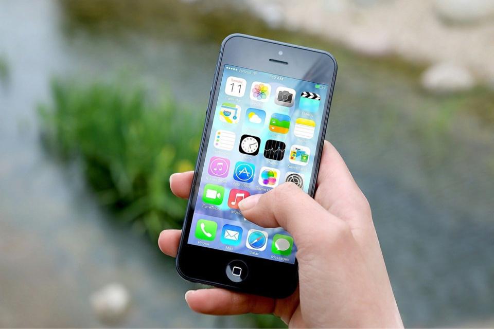 Le voleur a arraché des mains le téléphone de la victime et a pris la fuite en courant - Illustration @ Pixabay