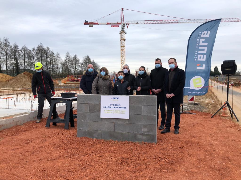 La première pierre du chantier a été posée vendredi - Photo @ CD27
