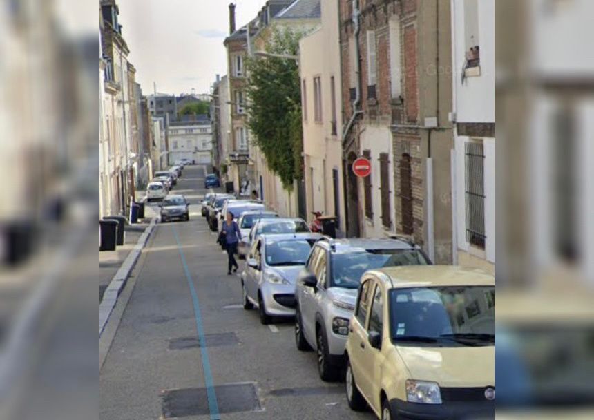 Les deux vandales ont été aperçus rue Regnard en train de dégrader des voitures - Illustration