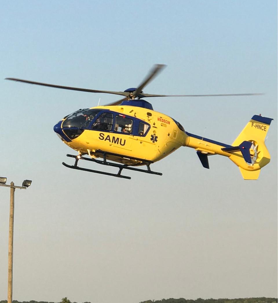 Le blessé a été évacué, médicalisé, vers le CHU de Rouen à bord de l'hélicoptère du Samu 76 - illustration @ infoNormandie