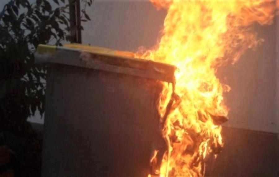 L'homme a reconnu devant les enquêteurs avoir mis le feu à une quinzaine de poubelles depuis le 21 février - Illustration
