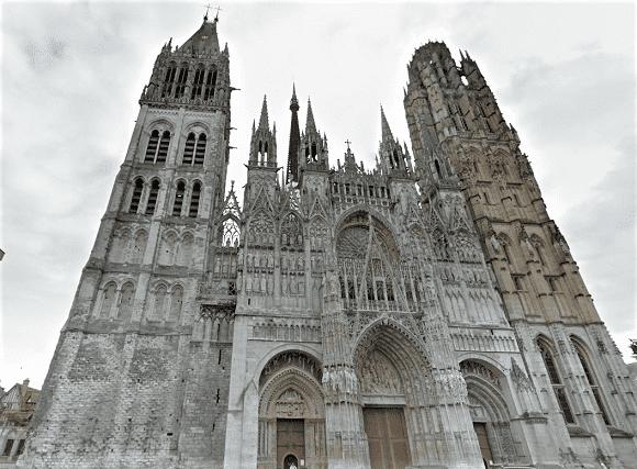 Seine-Maritime : fausse alerte incendie à la cathédrale Notre-Dame de Rouen