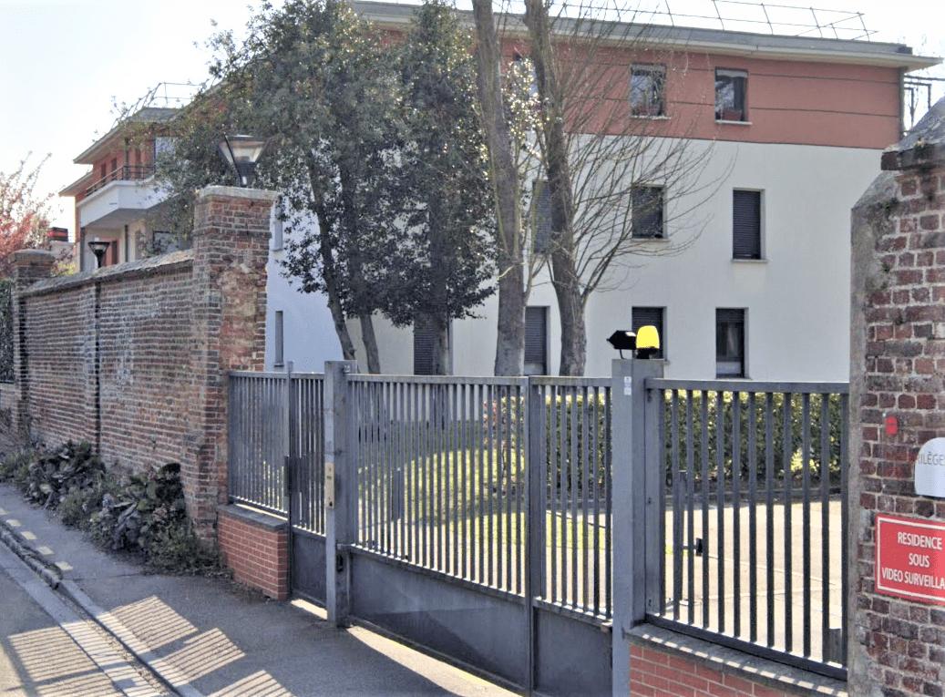 Le drame s'est noué dans un appartement de cet immeuble situé en bordure de l'impasse Charles Lenepveu - Illustration © Google Maps