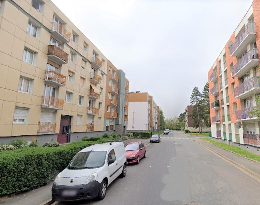 Rue Newton, sur les Hauts-de-Rouen - Illustration © Google Maps