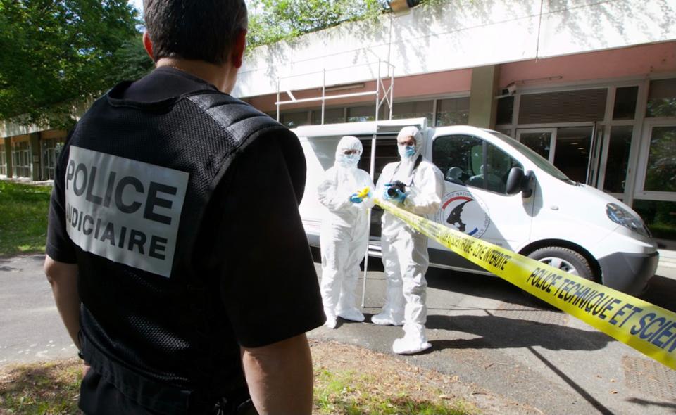 Les investigations de la police technique et scientifique ont permis de recueillir des éléments déterminants pour l'enquête - Illustration © DGPN