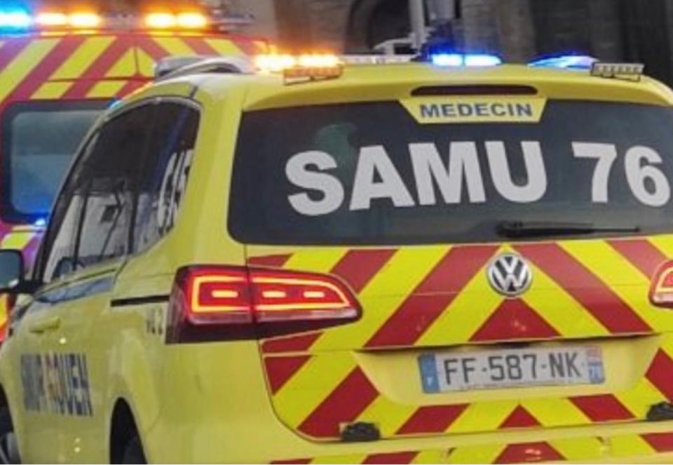 La victime a été prise en charge par une équipe du SAMU et transporté, médicalisé, au CHU de Rouen avec un pronostic vital engagé - Illustration © infoNormandie