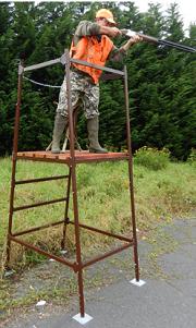 Il existe plusieurs modèles de miradors, en bois ou métallique