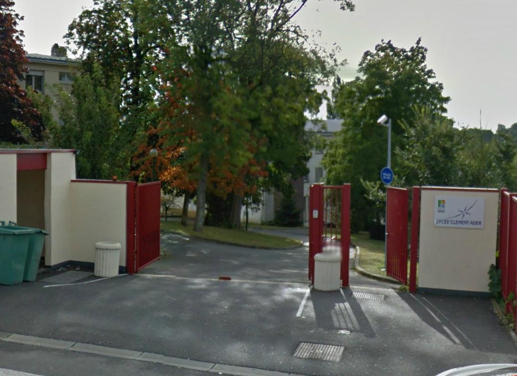 Les faits se sont produits à l'extérieur et à l'intérieur du lycée technique et professionnel situé Côte Aristide Briand à Menneval (@Google Maps)