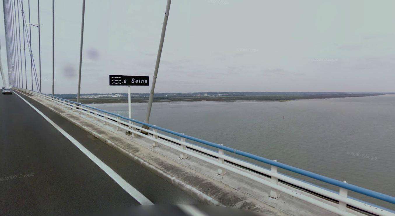 Le corps a été découvert dans la Seine à proximité du pont de Normandie (@Google Maps)