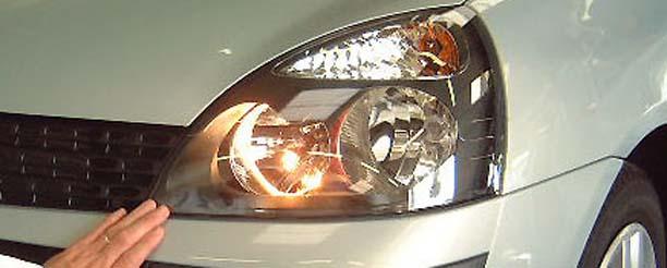 Les contrevenants ont huit jours pour faire réparer ou régler leurs phares, sinon... (Photo d'illustration)