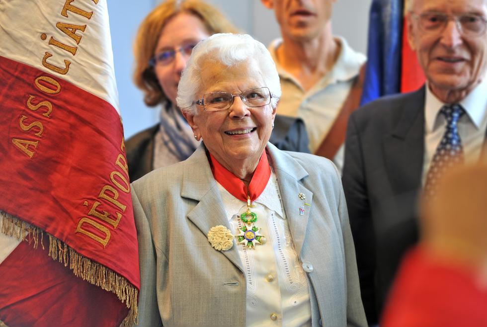 Marie-Thérèse Fainstein avait reçu la Légion d'Honneur en septembre dernier à la mairie de Dieppe (Photo : @Dieppe.fr)