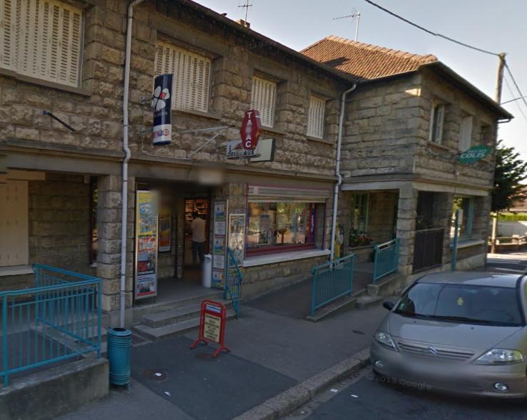 Le tabac-presse du Bel Air est situé 11, avenue de la Fraternité à Oissel (@Google Maps)