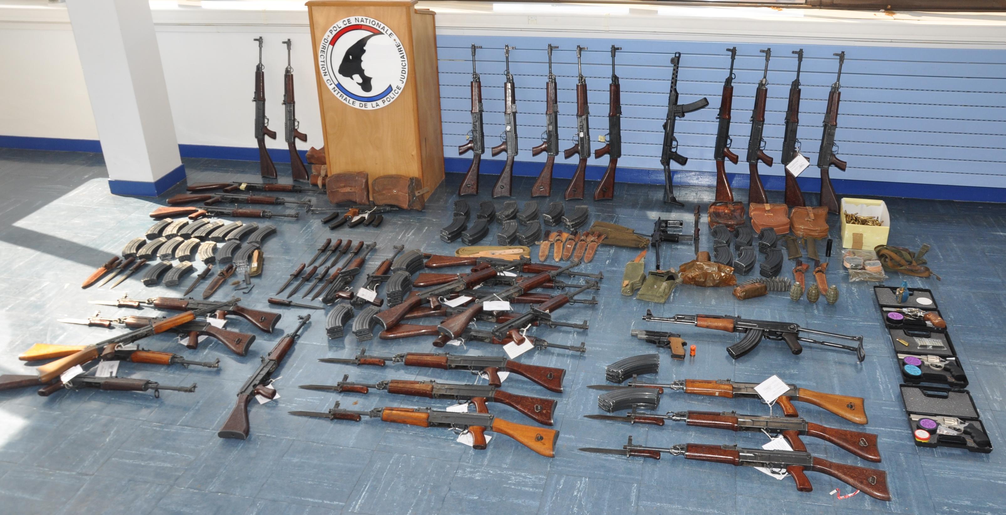 Il achetait les armes en Slovaquie pour en tirer un bénéfice en les revendant en France