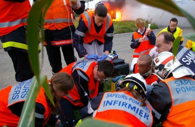 Les sapeurs-pompiers et le Samu ont été plusieurs fois mobilisés au cours de cette nuit de la Saint-Sylvestre en Haute-Normandie (Photo d'illustration)