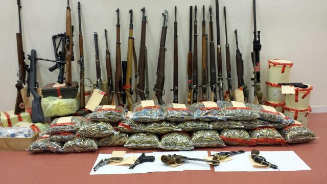 Les armes et munitions saisies chez les deux passionnés ont été placés sous scellés (Photo DR)