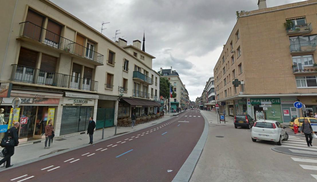 C'est dans la rue passante du Général Leclerc, à Rouen, que le sexagénaire s'exhibait derrière la fenêtre de son appartement (Photo d'illustration)