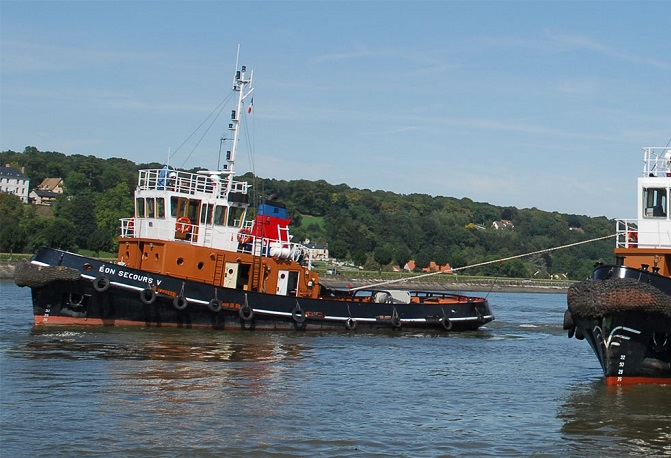 L'accidentr s'est poduit alors que le matelot du remorqueur Le Bon Secours V manoeuvrait avec un pétrolier (Photo d'illustration)