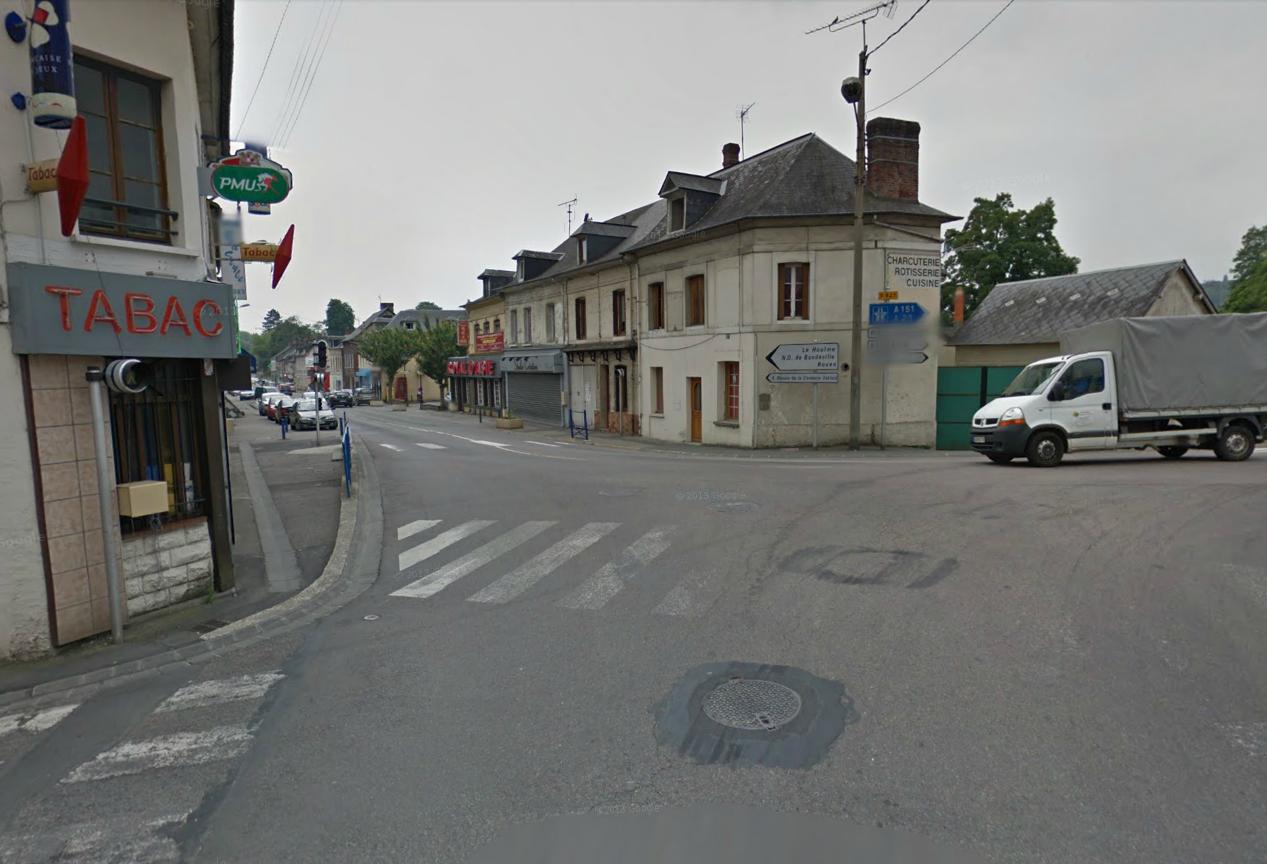 Le drame est survenu vers 8 h 30 à ce carrefour en centre-ville de Malaunay (@Google Maps)