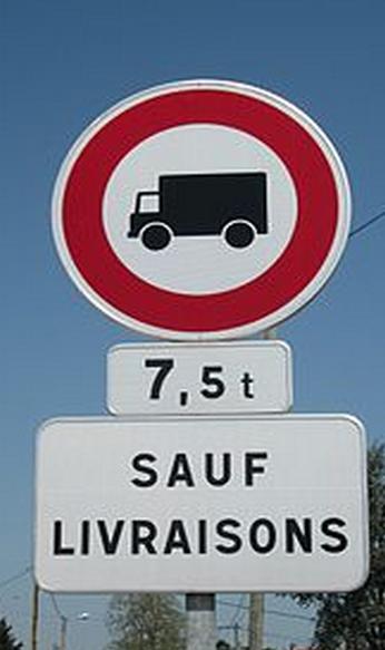 La circulation des poids-lourds de plus de 7,5 tonnes interdite tous les samedis