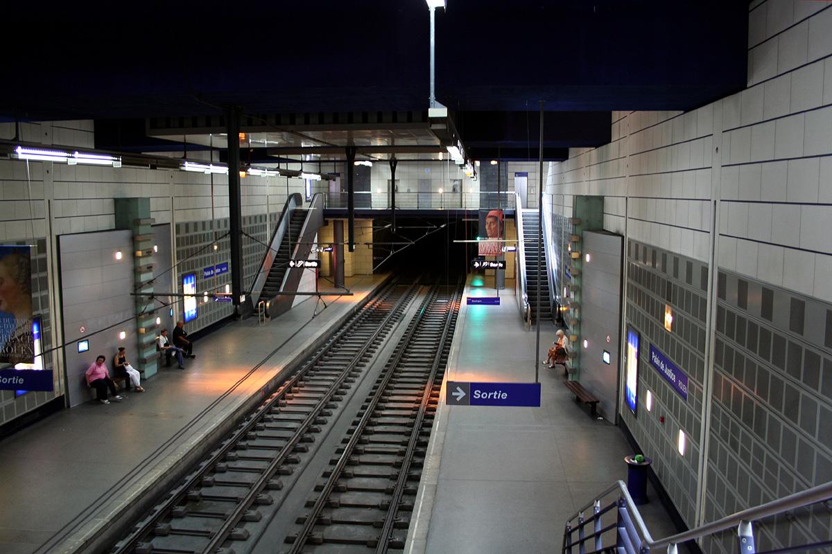 La station de métro Palais de justice a été évacuée et fermée durant l'intervention (Photo d'illustration)
