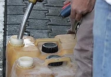 Saint-Etienne-du-Rouvray : Ils transportaient des bidons de gasoil de provenance douteuse