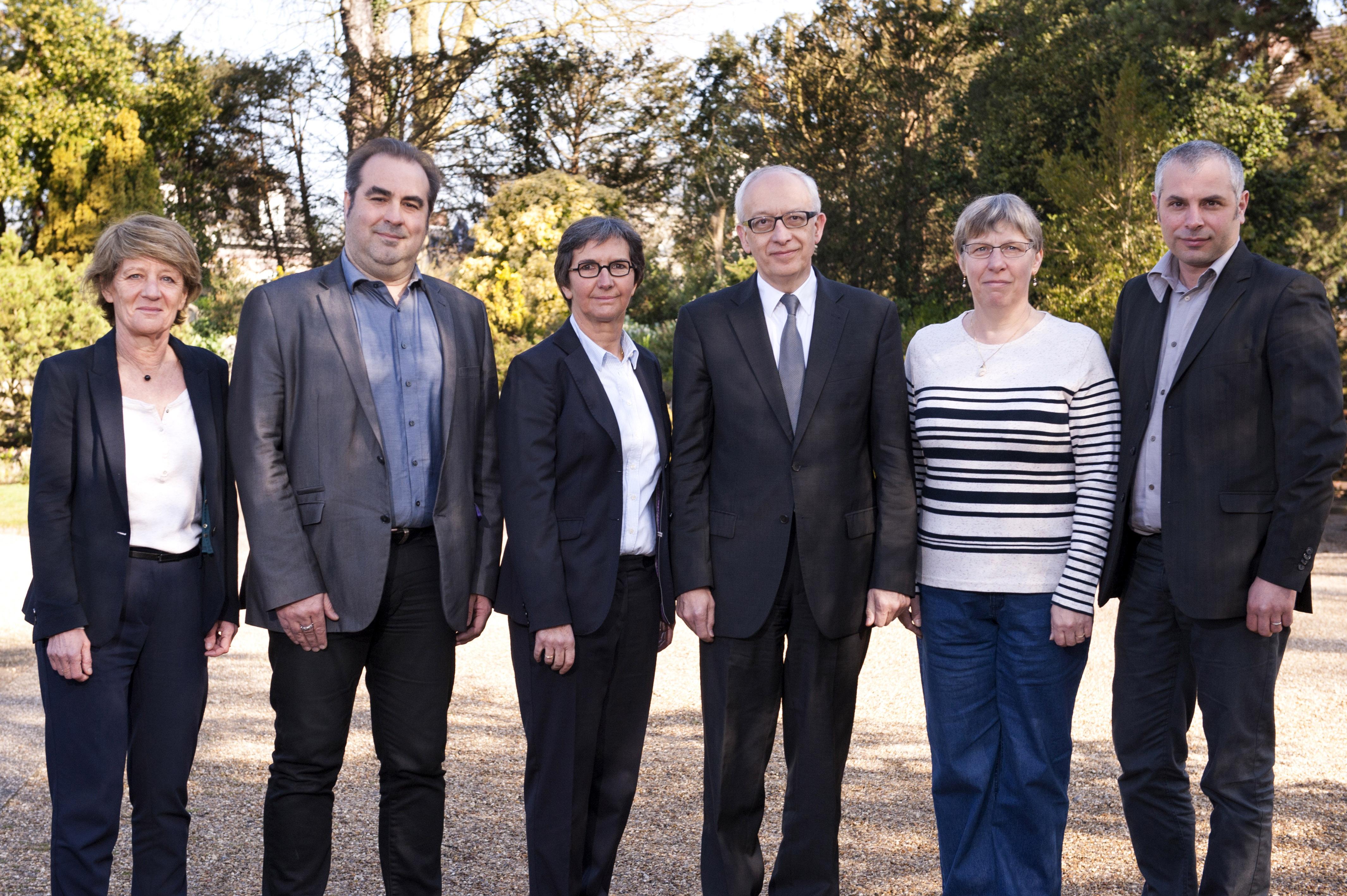 Les têtes de listes, Yvon Robert (PS) et Jean-Michel Bérégovoy (EELV), rassemblées sur une liste d'union pour le second tour à Rouen (Photo DR)