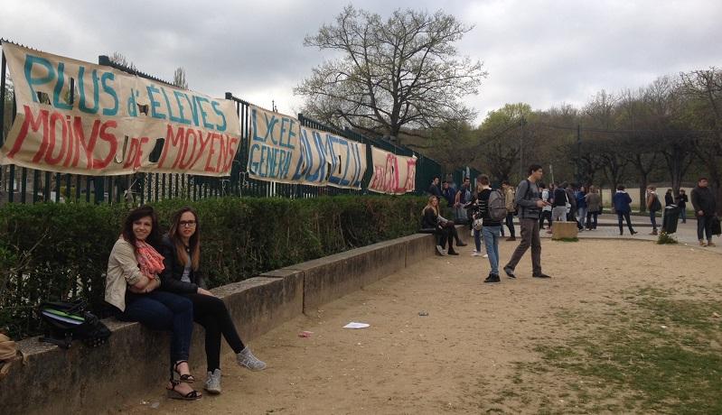 La suppression d'options envisagée à la rentrée 2014 suscite la colère des lycéens et enseignants de Dumézil (Photo InfoNormandie.com)