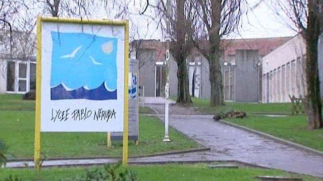 Pablo Néruda est un lycée général et technologique