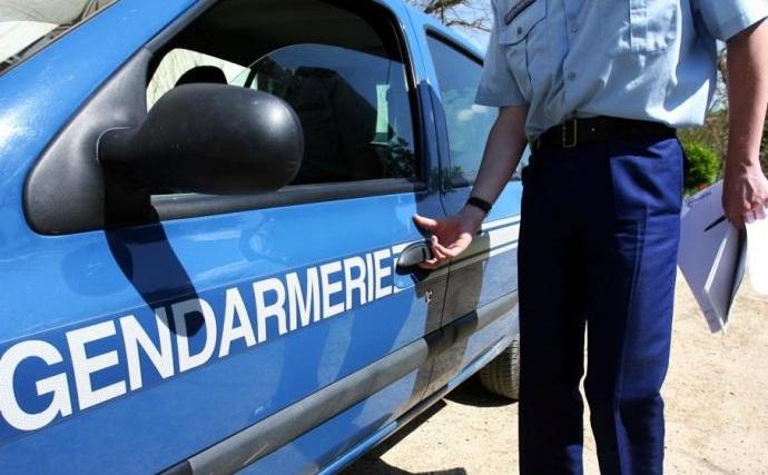 Les gendarmes sont régulièrement pris pour cibles par des individus alcoolisés (Photo d'illustration)