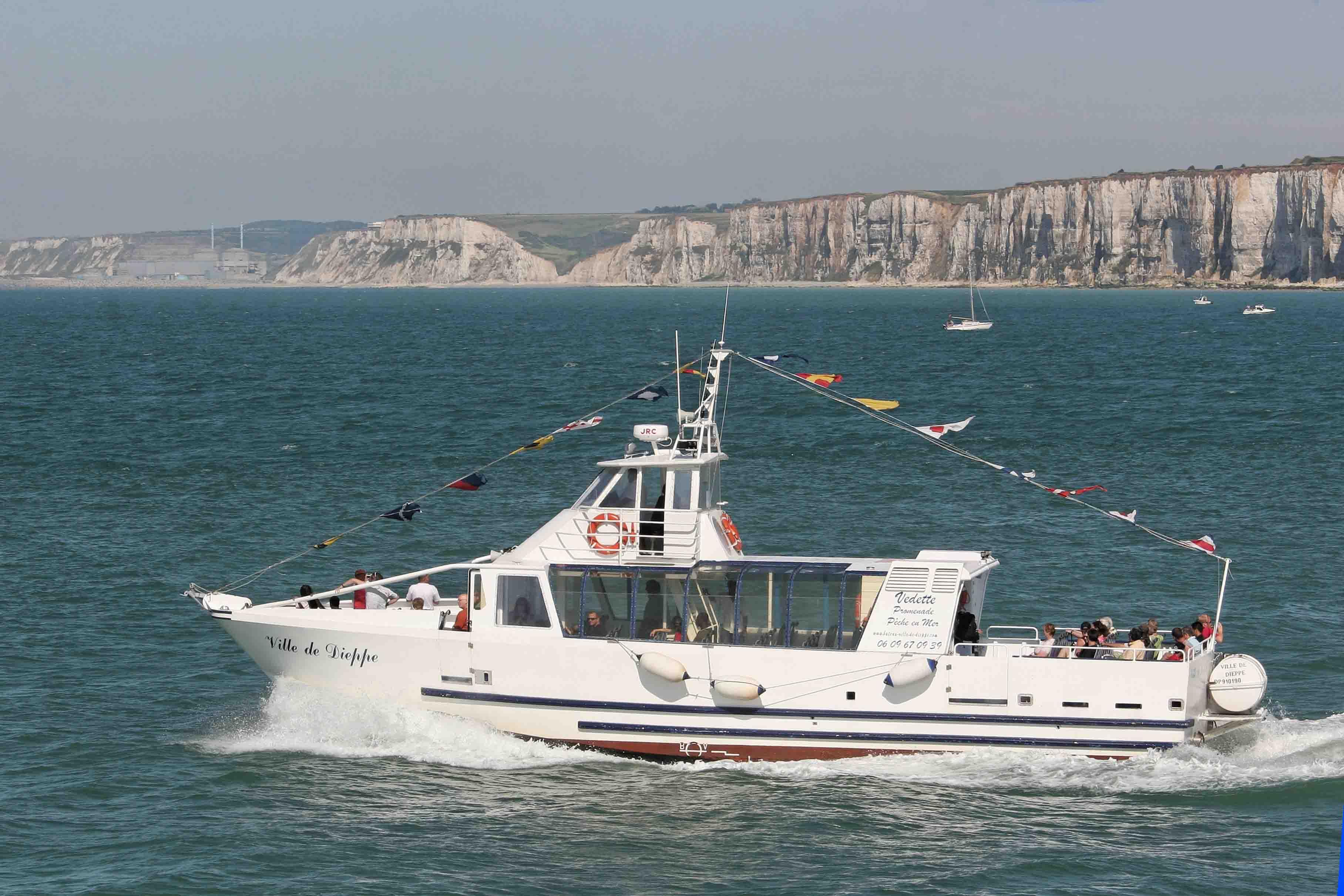 Le Ville de Dieppe est un navire de 19 mètres qui peut accueillir 98 passagers (Photo  DR)