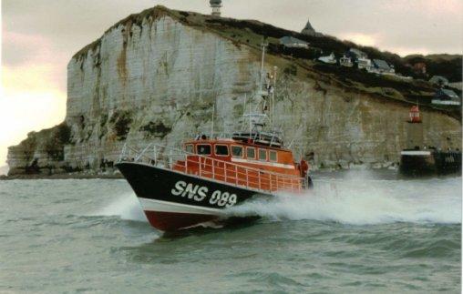 """La vedette SNS 089 """"Cap Fagnet"""" de Fécamp, intervient régulièrement pour des missions de sauvetage au profit du CROSS Jobourg"""