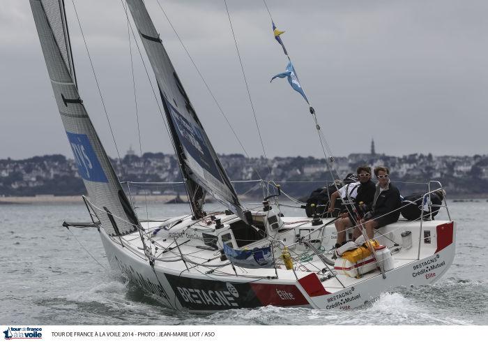 Bretagne Crédit Mutuel Elite a passé la ligne du parcours côtier en vainqueur