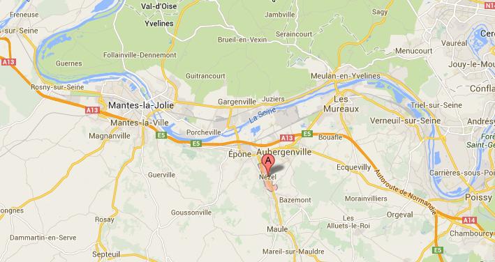 La collision s'est produite à Nézel, un village situé entre Mantes-la-Jolie et Aubergenville