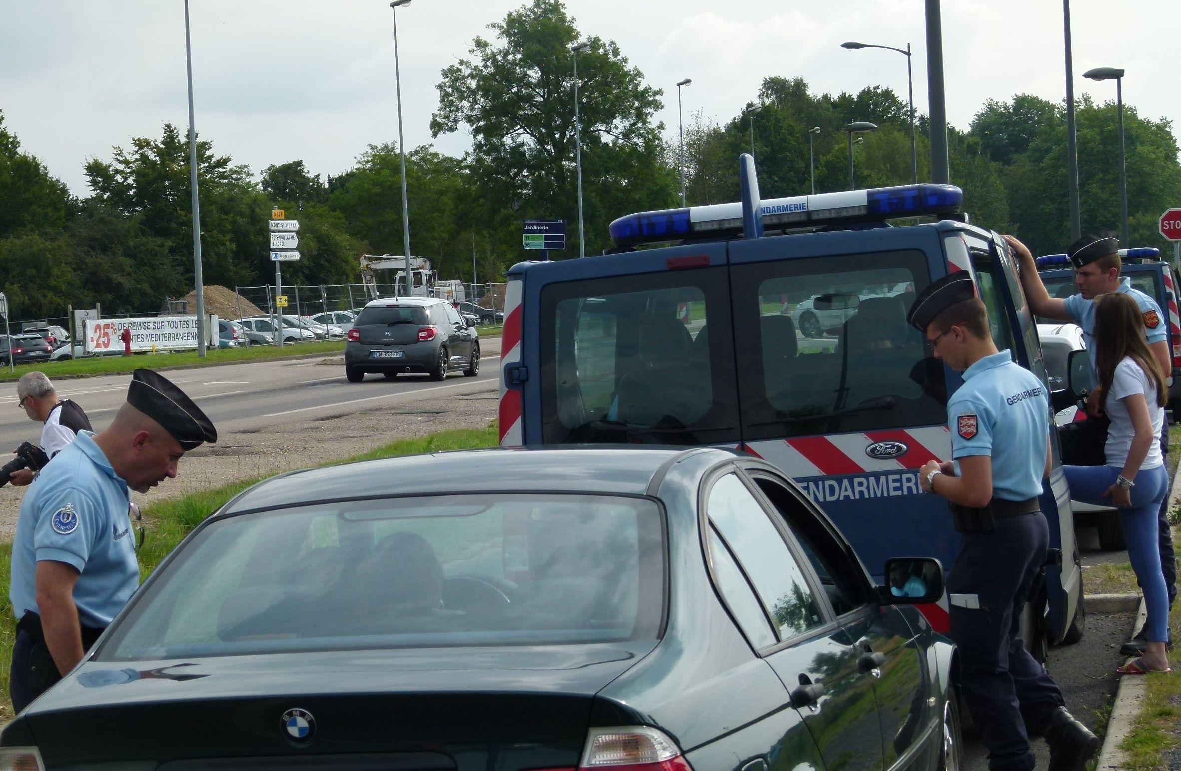 Une quinzaine d'infractions à la vitesse ont été relevées, par les gendarmes de l'EDSR ce jeudi après-midi sur l'A28