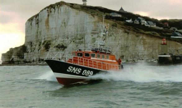 Le surfeur à la dérive a été repéré et récupéré par l'équipage de la vedette SNSM de Fécamp (Photo d'illustration)