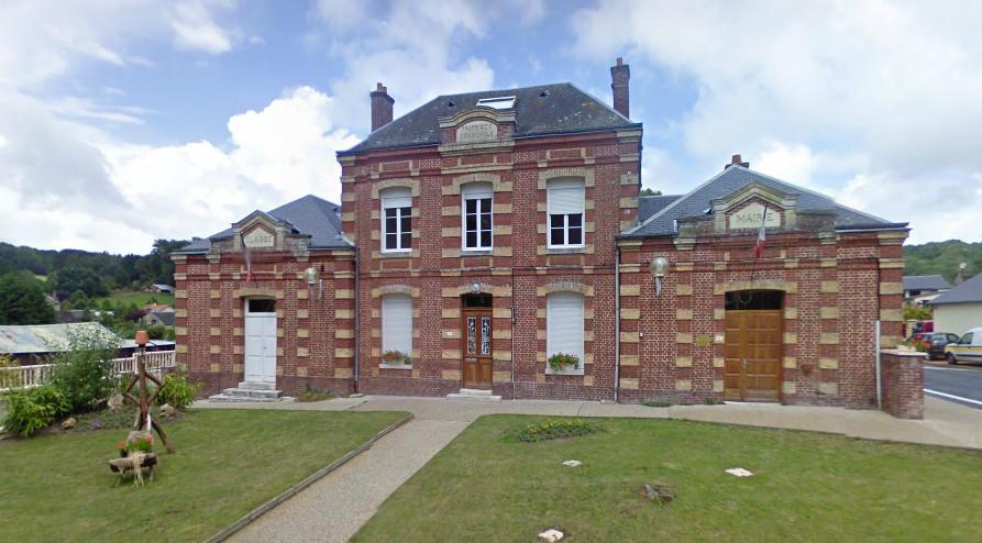 La commune de Ganzeville, dans le canton de Fécamp, compte un peu moins de 500 habitants