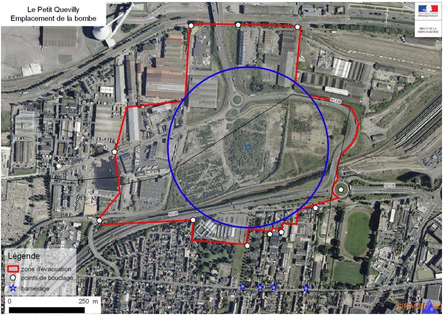 La zone d'évacuation est définie par le tracé en rouge qui englobe un tronçon de la voie rapide Sud III (N338). Pour agrandir le plan, cliquez dessus (Document : préfecture de Seine-Maritime)