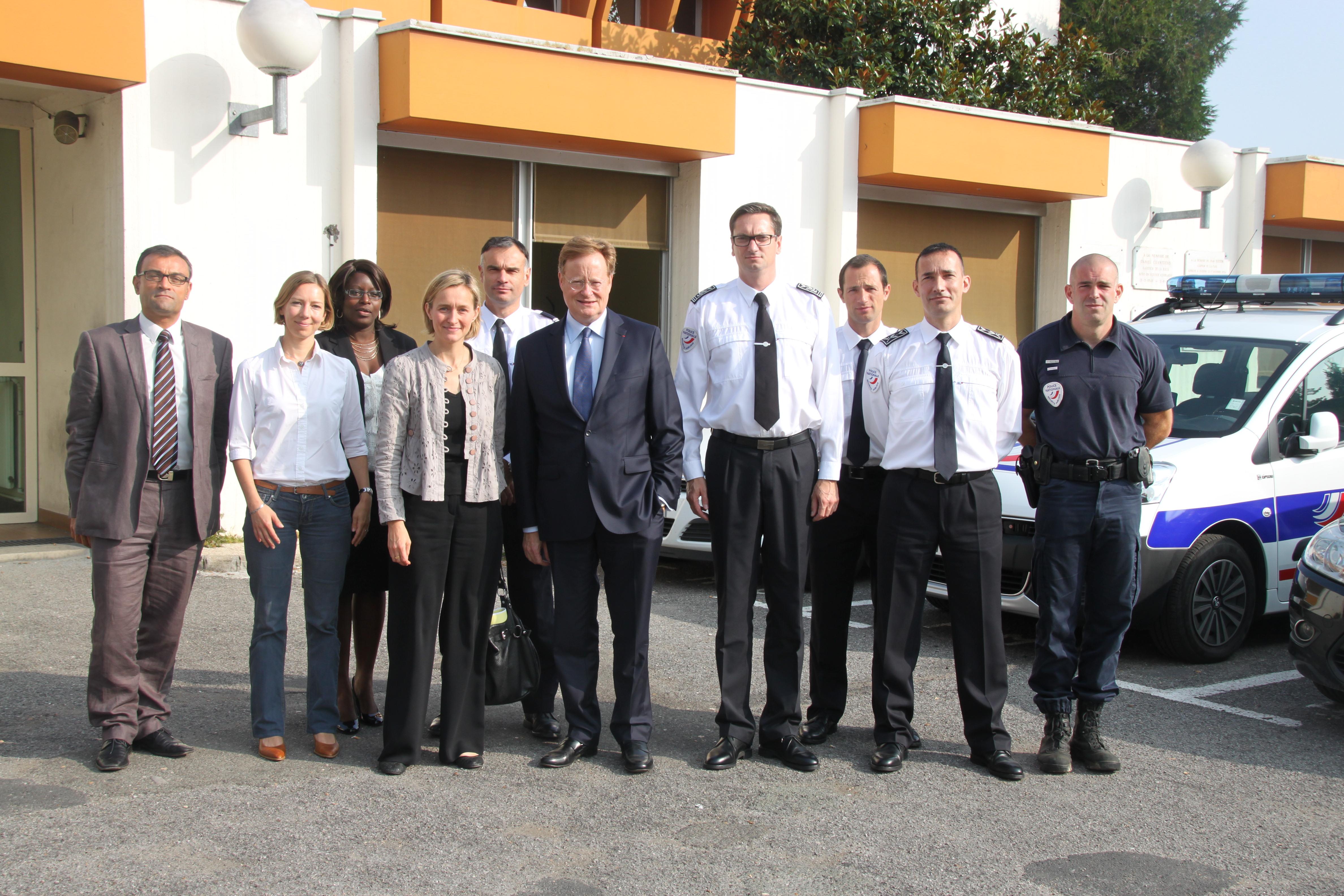 Le nouveau préfet aux côtés du directeur départemental de la Sécurité publique (DDSP) et de ses principaux collaborateurs ce matin à l'hôtel de police (Photo DR)