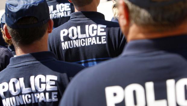 Les deux policiers à VTT ont eu le réflexe de s'écarter pour ne pas être percutés  (Photo d'illustration)