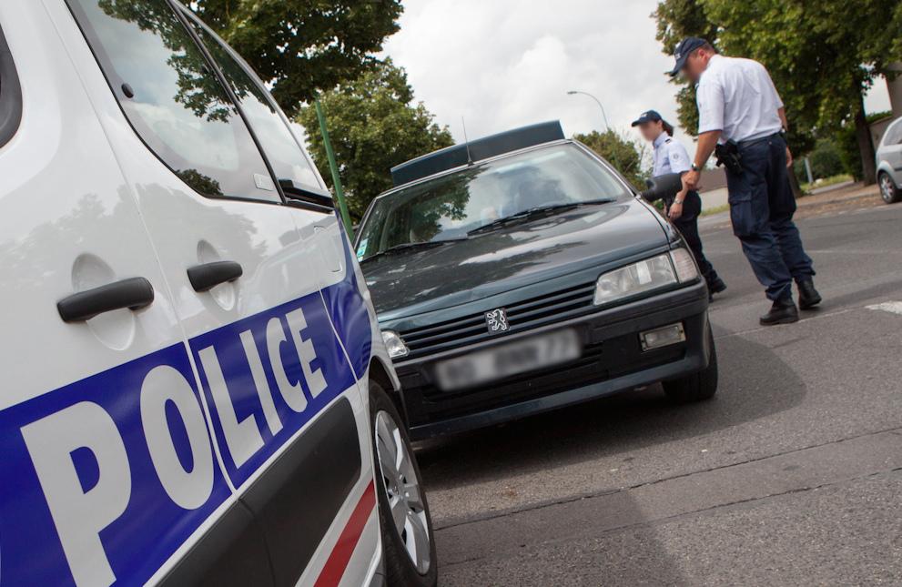 A la vue du contrôle de police, l'automobiliste a changé brusquement de direction (Photo d'illustration DGPN)