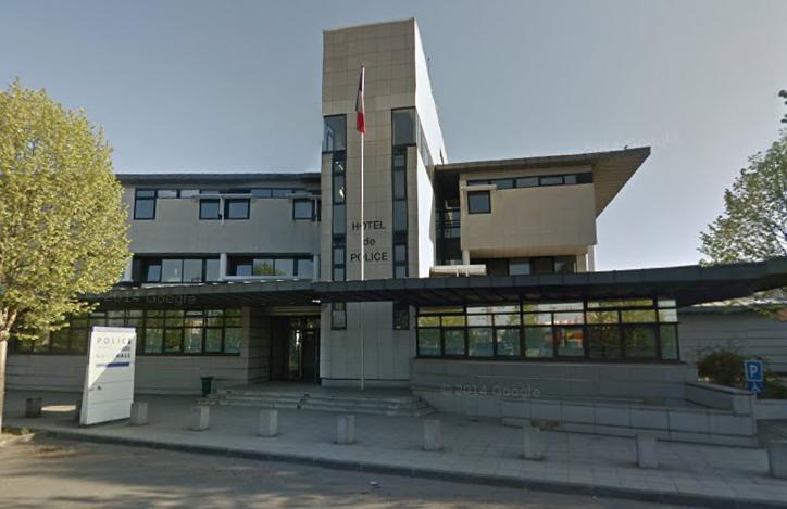 Le voisin chez qui la victime avait passé la soirée a été placé en garde à vue à l'hôtel de police de Mantes-la-Jolie