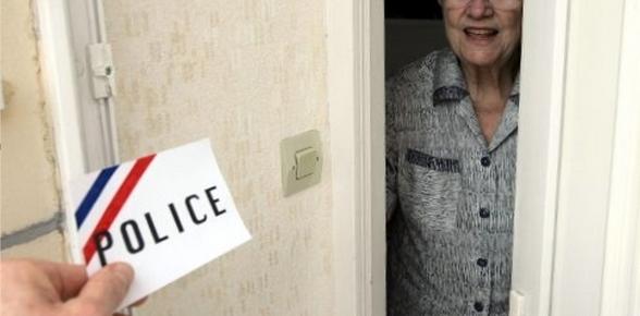 Des faux policiers s'attaquent aux personnes âgées dans les Yvelines : plusieurs cas déjà signalés