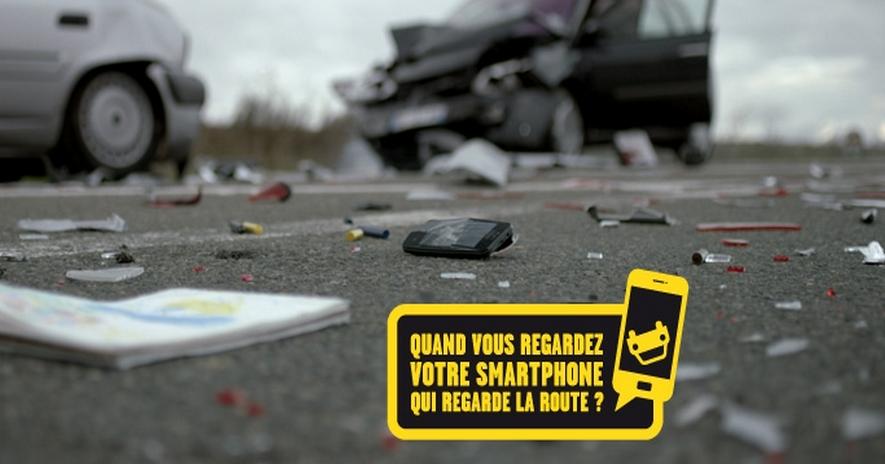 Campagne de la Sécurité routière pour sensibiliser les conducteurs à l'usage du téléphone portable au volant