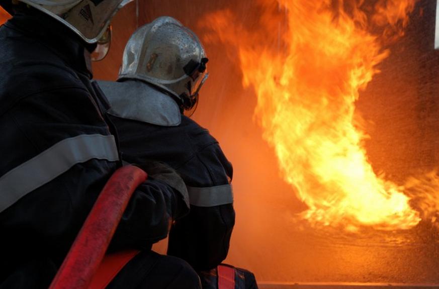 Les sapeurs-pompiers des Yvelines ont dû déployer d'importants moyens pour venir à bout, cette nuit, du sinistre à Trappes (Photo d'illustration)