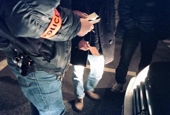 Yvelines : la brigade anti-criminalité attaquée avec des boules de pétanque aux Mureaux