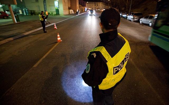 L'automobiliste aurait foncé sur les policiers au moment du contrôle routier (Photo d'illustration DGPN)