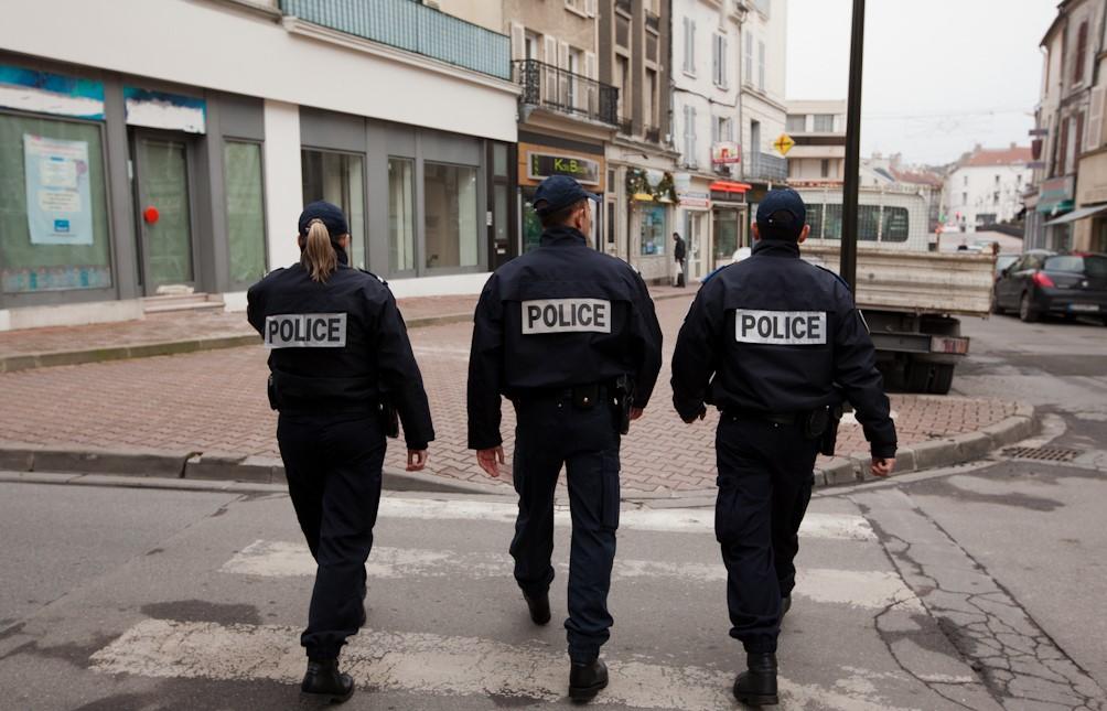 L'individu recherché a été repéré dans son quartier de la cité Chauvin par une patrouille de la CDI, en mission de sécurisation (Illustration @DGPN)