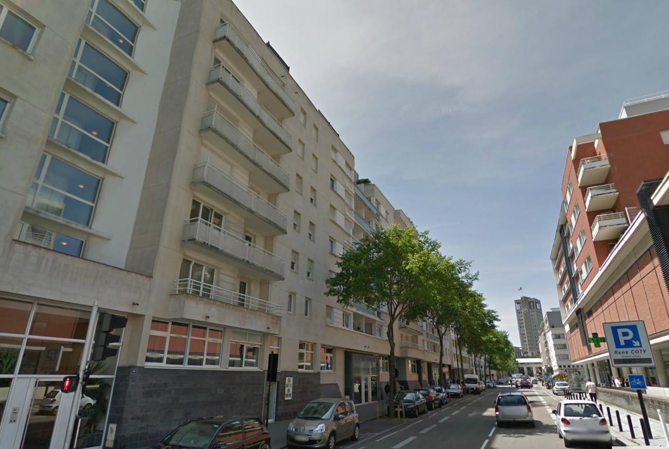 L'adolescent a sauté du 7ème étage de cet immeuble de la rue Anatole France (Illustration)