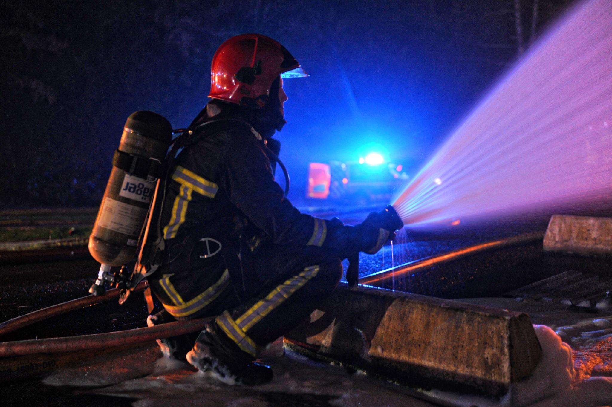Un sapeur-pompier été blessé à la main gauche lors de l'intervention qui a nécessité de gros moyens compte tenu des risques de propagation (Photo d'illustration @SDIS78)